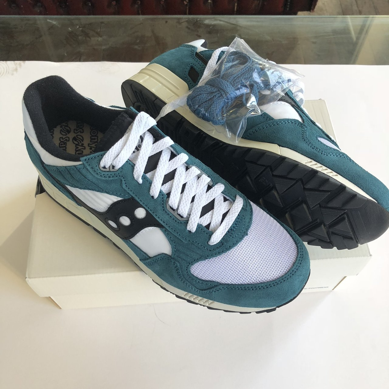 9c9ae093ead4 Saucony Shadow 5000 Vintage. Brand new in box with spare - Depop