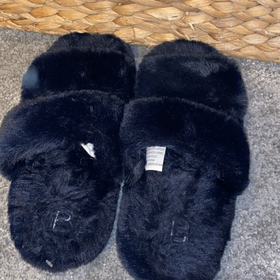 cotton on body navy slippers, so soft