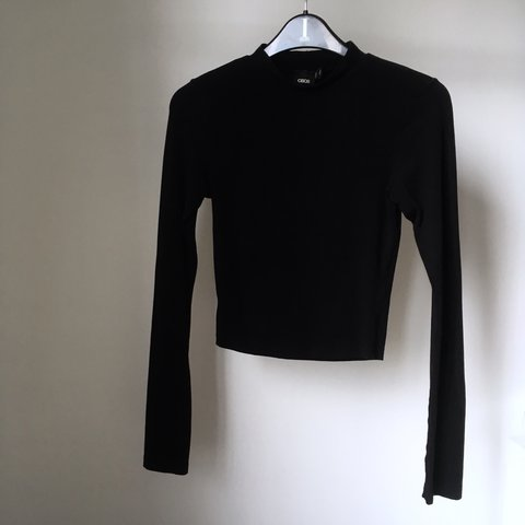 9faadeac26d @abbeymode. 2 years ago. United Kingdom. asos black high neck long sleeved  crop top. size 8 ...