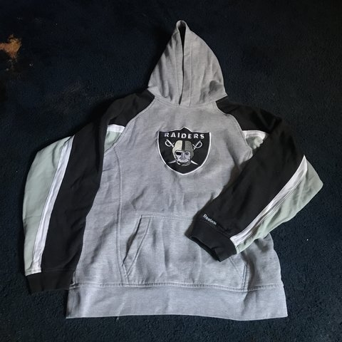Raiders x Reebok NFL hoodie in a size youth large 14f6144b8