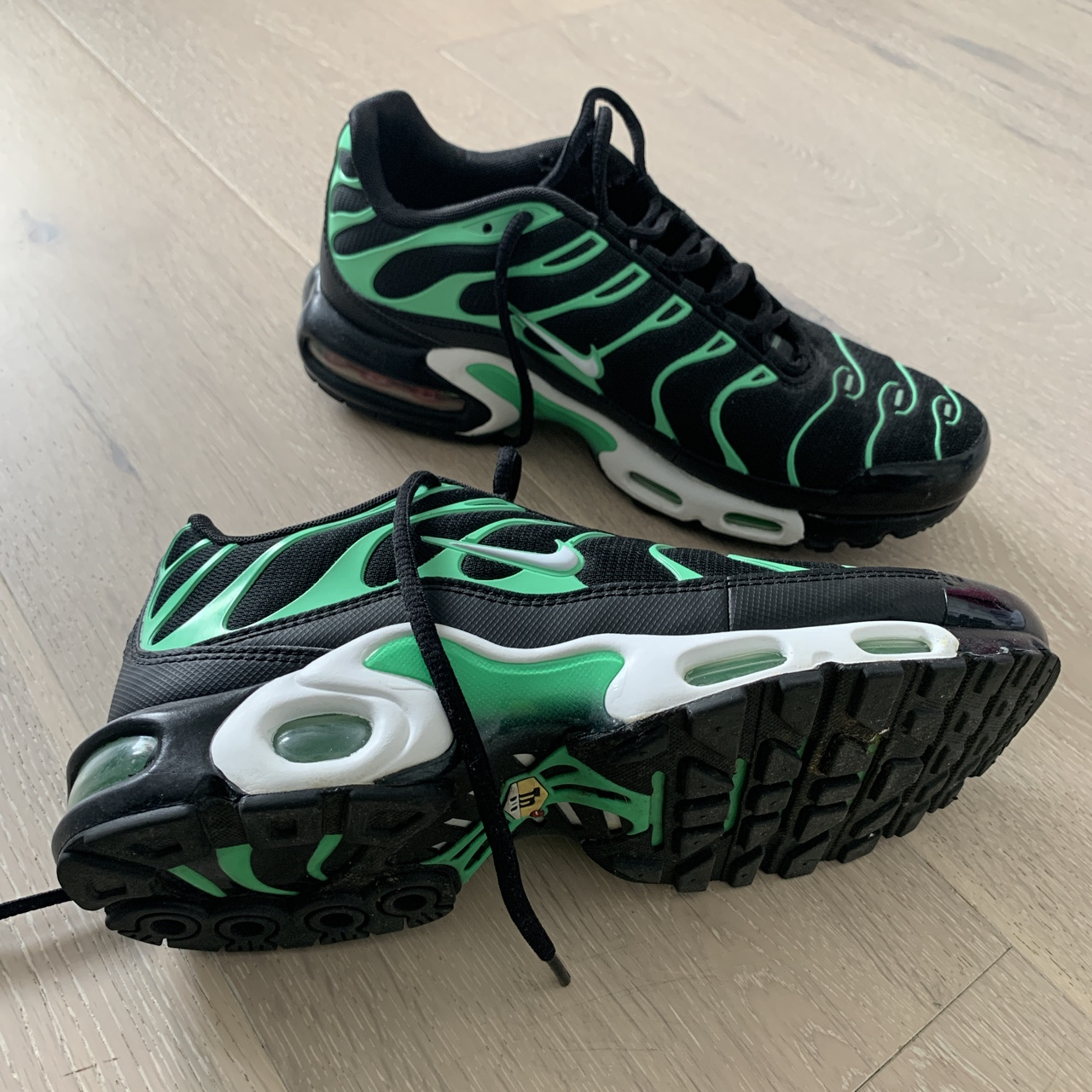 newest collection ff965 9cb60 DONT BUY - SAVED FOR SOMEONE Black & green Nike tns... - Depop