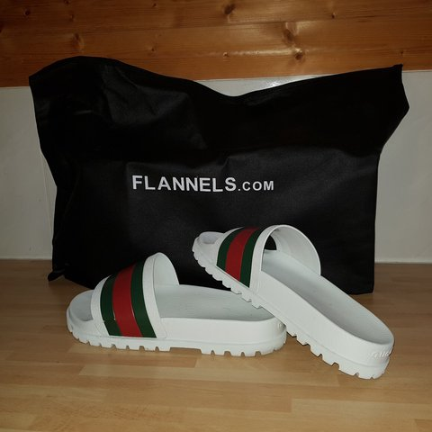 f4376d09c530d6 Authentic gucci slides, bought from flannels about a month a - Depop