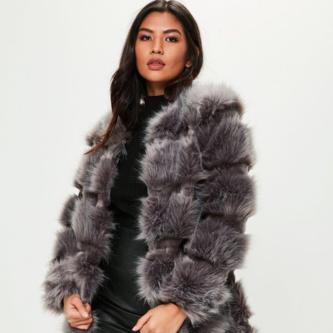 59a94c1b3b8a7a Pelted Depop Rose New Size with Coat Faux Cameo Grey Brand Fur 12 qPIwE7a7