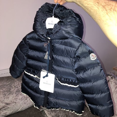 fafb0128be0c Moncler Junior Navy Temoe down jacket by Moncler Kids AGE on - Depop