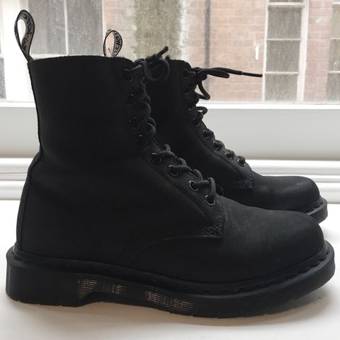 ac3426ae686bff Dr Martens 1460 Mono FL Pascal 8 Eyelet Boots All Black Size - Depop