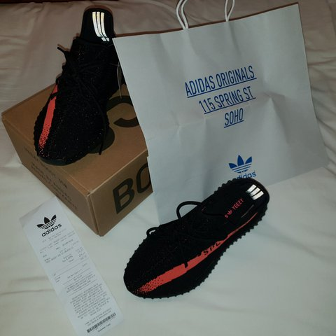1bb2a232240e2 Yeezy Boost 350 v2 Black Red Size 10.5 Brand New Never been - Depop