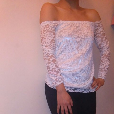 b2e1a6677a33 @songbup. 4 years ago. Manchester, United Kingdom. Off shoulder white lace  top.