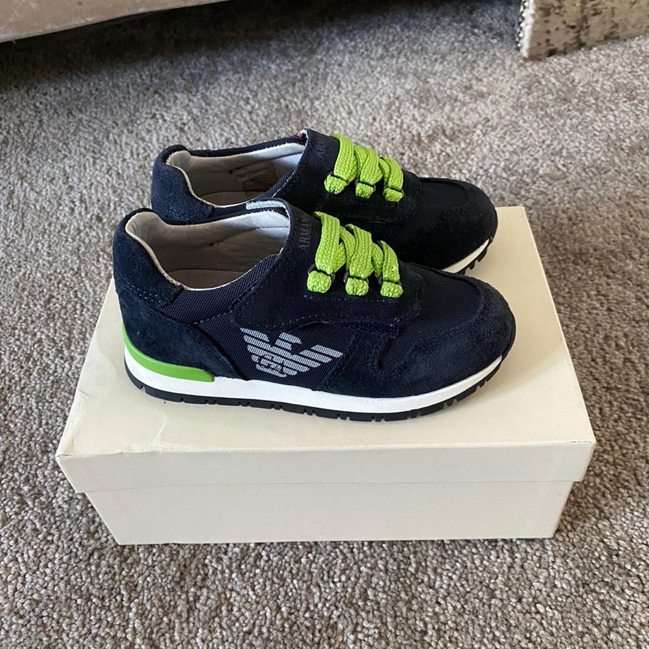 junior size 8 trainers