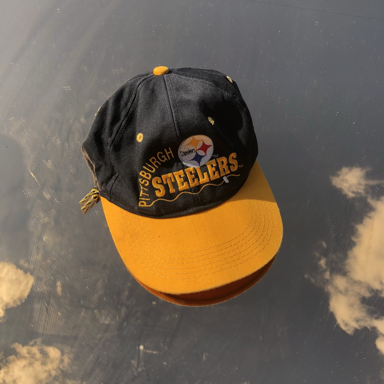 90s vintage Pittsburgh Steelers baseball cap with an amazing - Depop 429f0800377