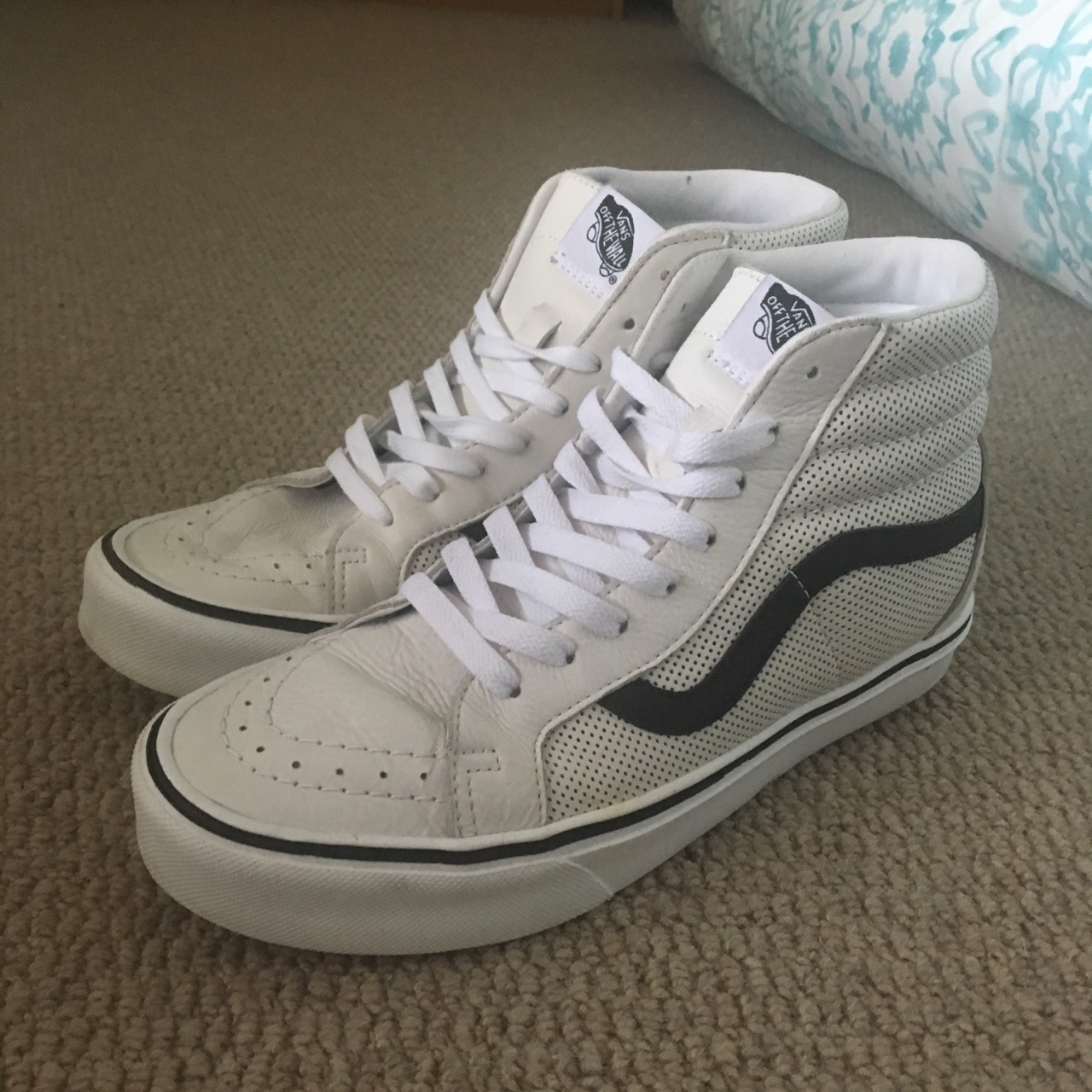 white leather vans with black stripe