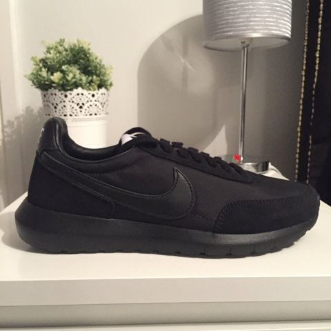 the best attitude 1d30f 5a837 Nike NikeLAB Roshe Daybreak NM- 0