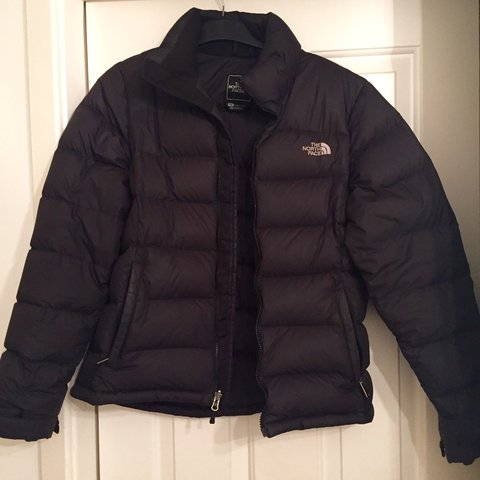 4263b3251e Women s North Face 700 bubble jacket. Size- medium. Used a - Depop