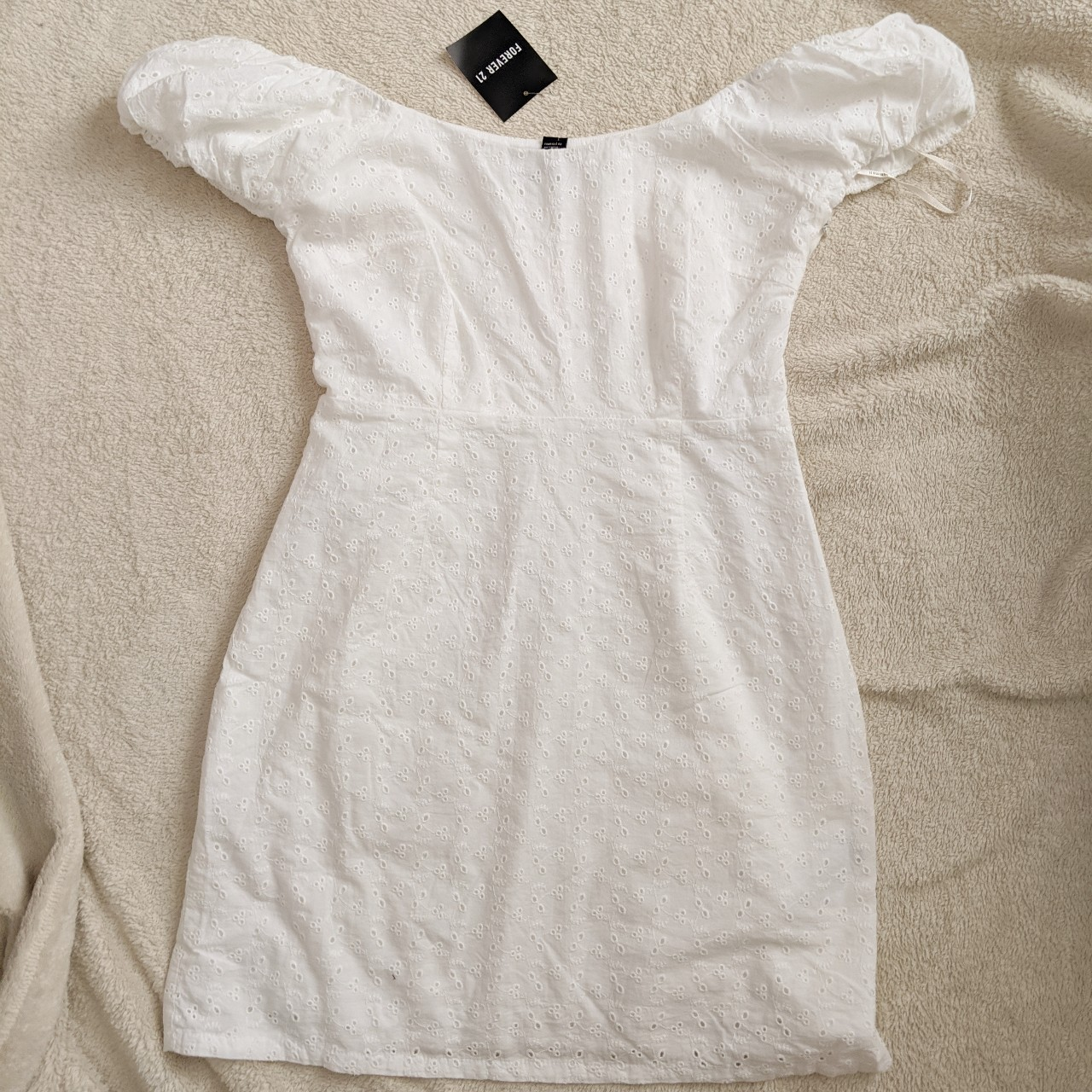 Really cute vintage looking brand new with tag forever