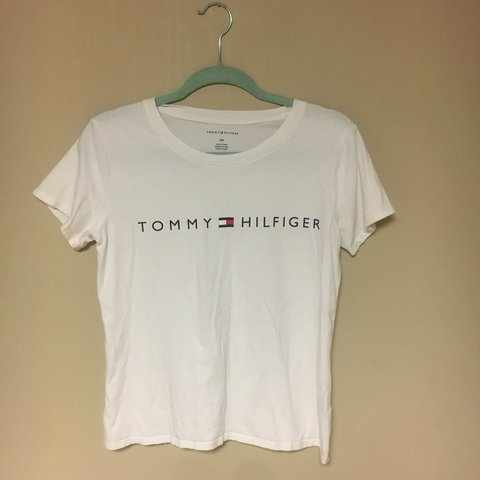 33d7cba95 PRICE DROP     White Tommy Hilfiger Women s Tee from a - Depop
