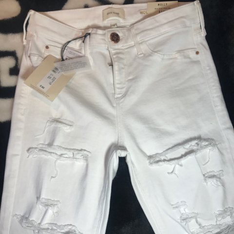 f4e68e0466 river island molly white high waist ripped jeans brand new - Depop