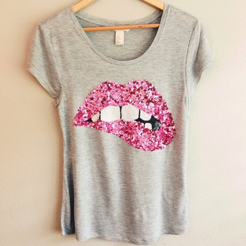4bbb54c2ef98 @brittanylrivers. 3 years ago. Fort Worth, TX, USA. H&M grey & pink sequin  lips t-shirt.