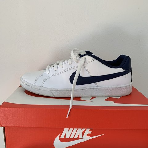 finest selection b07ec 7aded Nike court royale COD 749747- 0