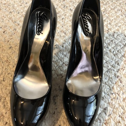 3d4098770 @jennadazz. 4 months ago. Oshawa, Canada. Gucci Women's Black Patent Leather  Vernice Crystal Pumps Heels Eur 40 Shoes.