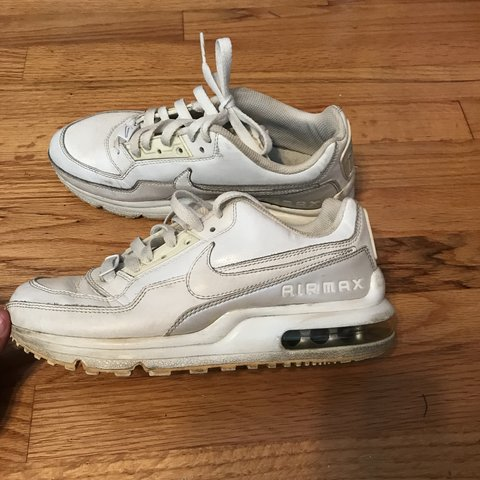 31bc82c0c vintage old school white nike air max. these are super they - Depop