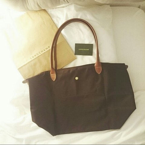 8b5549a2f5 Brand new longchamp le pliage tote bag, size large with long - Depop