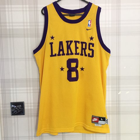 f8c8b914d093 Retro Lakers Kobe Bryant Jersey • Size L 2+ length • Good in - Depop