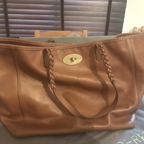 77bfcc54e3 Price reduction - £320 Mulberry tan leather Dorset tote Tan - Depop