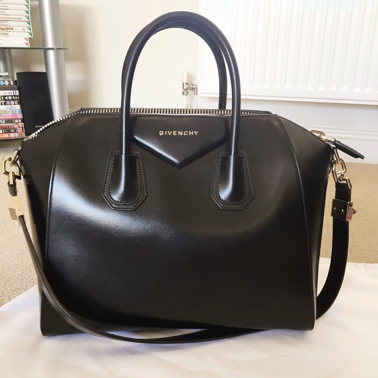Beautiful Givenchy Antigona (Medium) in black calf smooth in - Depop 2457f81e7142a