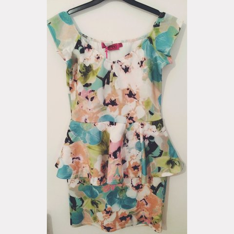 b8ee2d3fcc05 BooHoo Floral Off The Shoulder Peplum Dress .. New, with .. - Depop