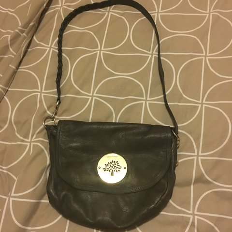 0b23613f3c I m selling my Mulberry Daria Satchel in mouse grey because - Depop