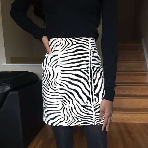 eedfeb6d53 🦓🦓🦓 90s CACHE SKIRT in a Lovely Textured Velveteen 100% a - Depop