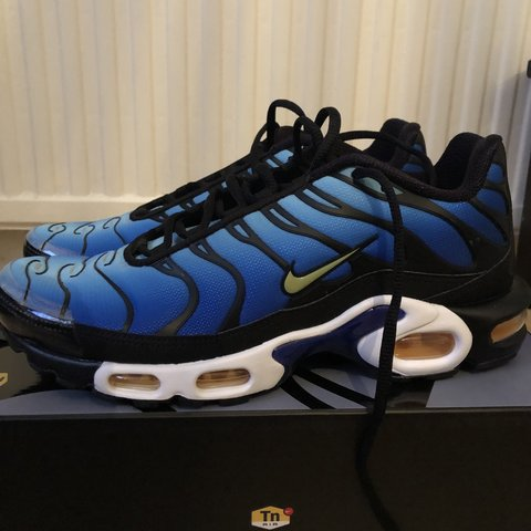 1b3b74da9d @ddesms. 5 months ago. London, United Kingdom. Brand new blue tns never worn