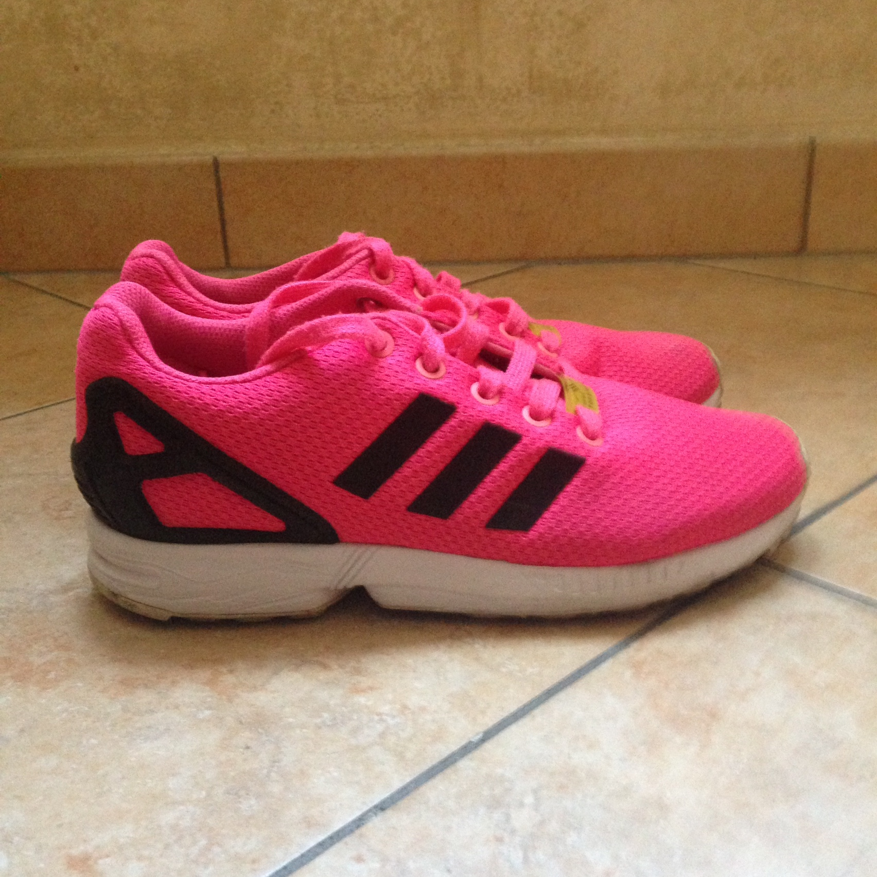 adidas rose fluo zx flux