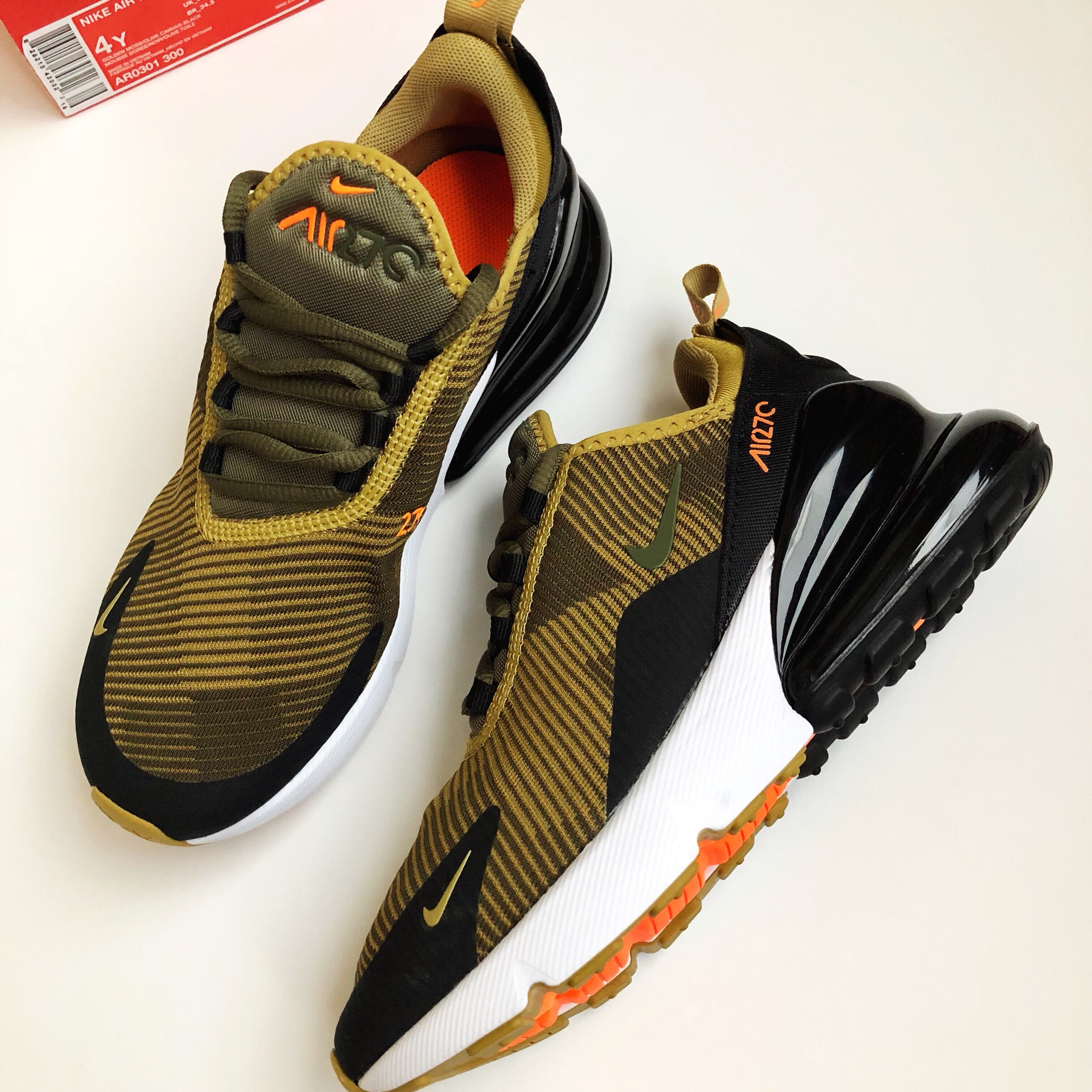 BRAND NEW, NEVER WORN Nike air max 270! •Size: 4Y Depop