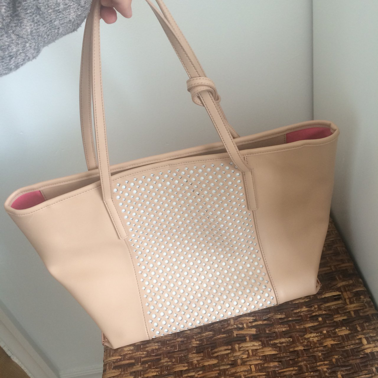 d1db751010 REDUCED!! TED BAKER tote bag - nude pink and white large use - Depop