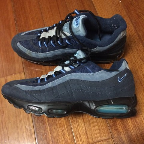 5c79e0ac46 @wutiswhat. 2 years ago. United States. Nike Air Max 95. Good condition.