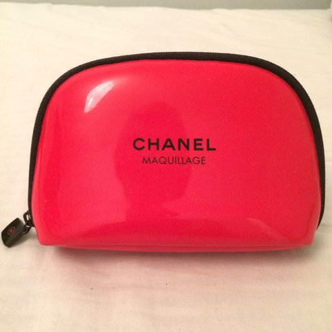 fa8907430765 Claudiaerell 4 Years Ago London Uk Cutest Cherry Red Genuine Chanel  Maquillage Makeup Bag