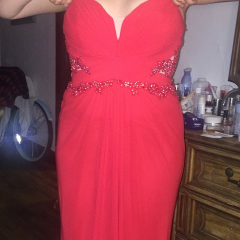 788c704f5 Selling a red prom dress! I bought this dress for 250$ and I - Depop