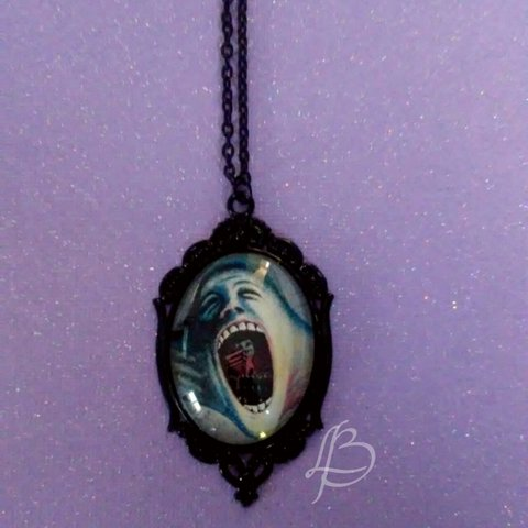 Pink Floyd The Wall Face Necklace Pendant Is 30x40mm Chain