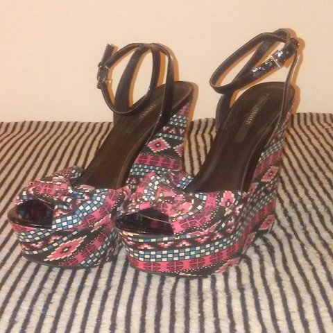 size 40 9bb2d 01d60 ✨NEW NEVER WORN✨ Pink   blue tribal print wedges from 21. I - Depop