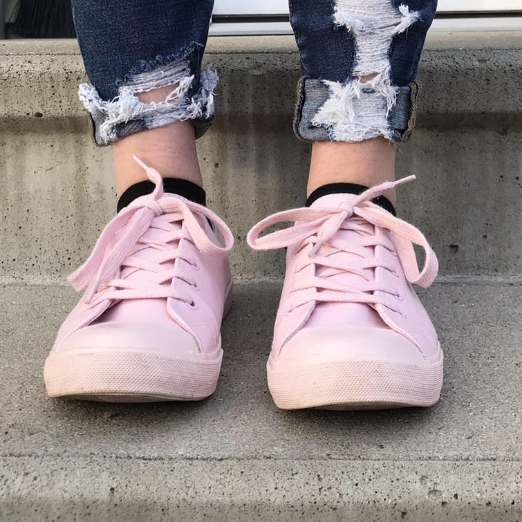baby pink sneakers! perfect for any