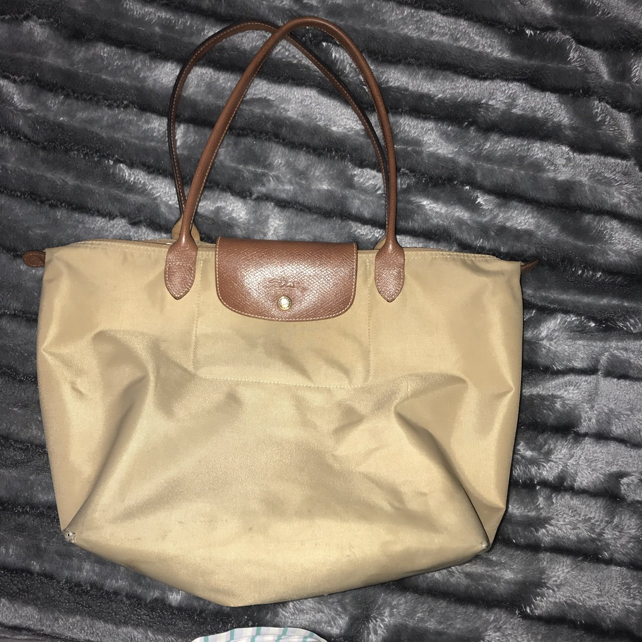 Genuine Longchamp Le Pliage bag. Beige cream colour. Medium - Depop 46d4121501027