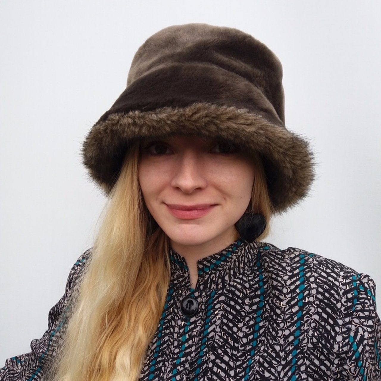 f0441bacd24ae Vintage Faux Fur Bucket Hat. Looks good down but when turned - Depop