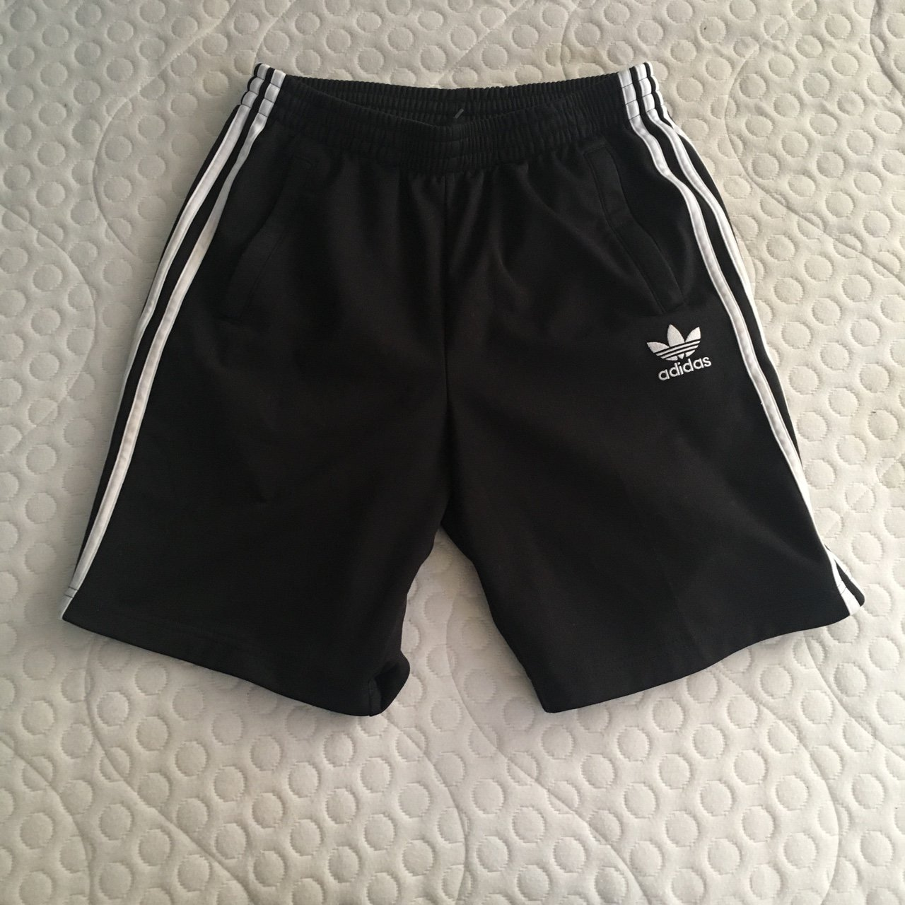 Depop Originals Black White Mens Adidas To Fits Shorts And Vintage UfwzS