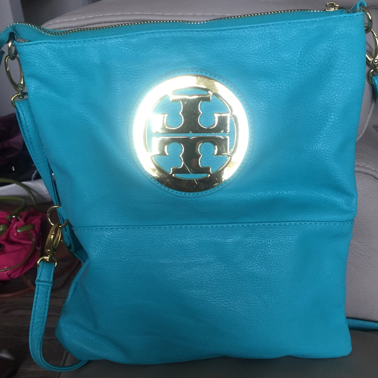 7976731bc104 Tory burch mint side bag used a couple times . Great willing - Depop