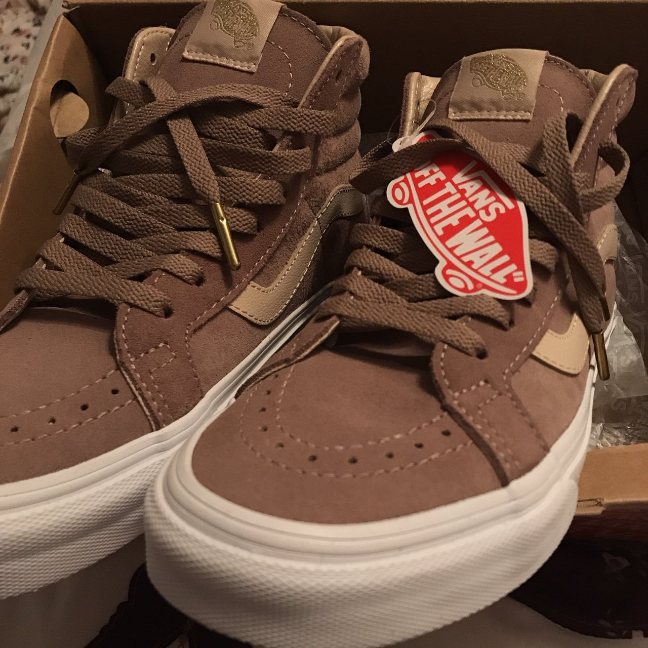 924bec612 Brand new with tags Vans SK8-Hi