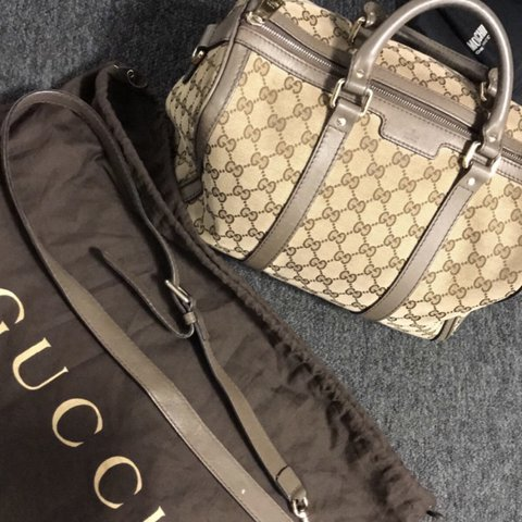 4e4a1e2ce Gucci Boston Bag Paid 800£ Bought from Flannels. Has been to - Depop