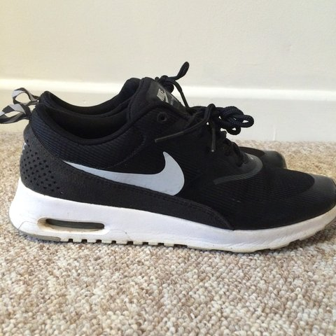 cadf14d0ea @zoehapeshi. 4 years ago. Llanidloes, Llanidloes, Powys SY18, UK. Women's  Nike Air Max Thea size 6 in black and white.