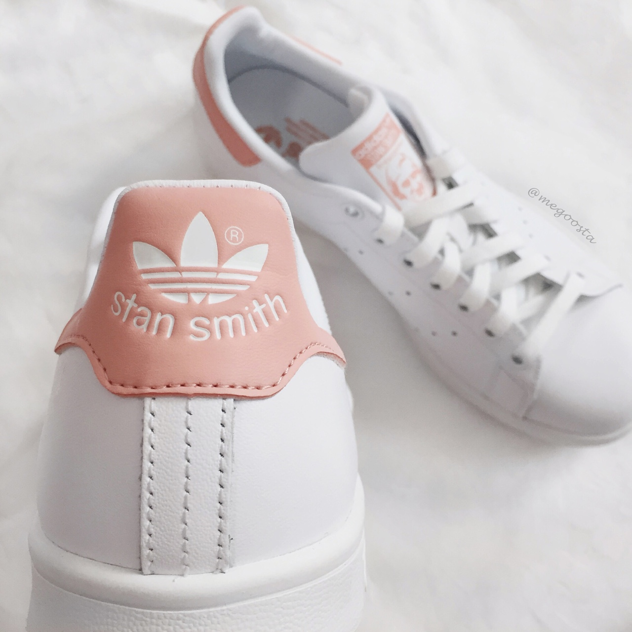 Peach Adidas Stan Smith. Ships from