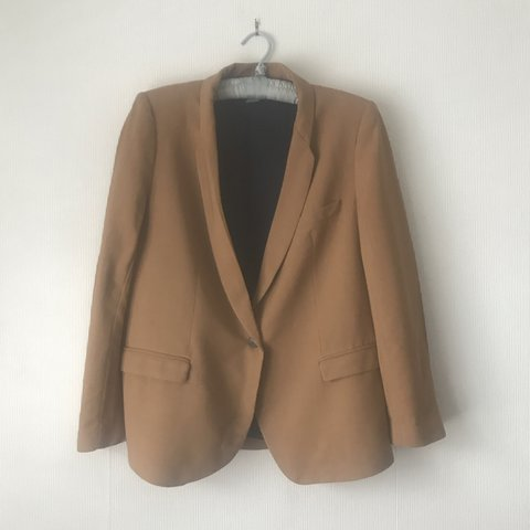 807b60f6 Zara L blazer! Great paired with a top,jeans and boots or a - Depop