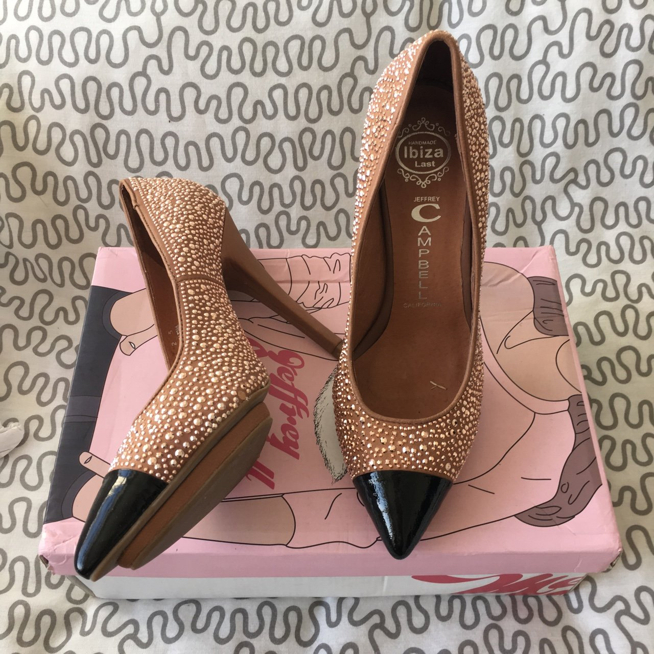 b65d31487f1b Jeffrey Campbell pointed toe court heels brand new in box 5 - Depop
